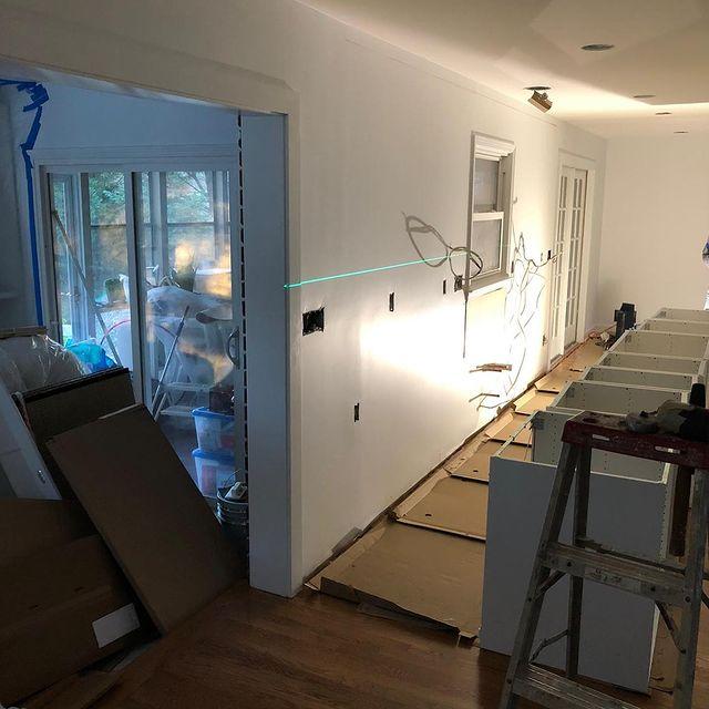 cabinet installation cost per linear foot