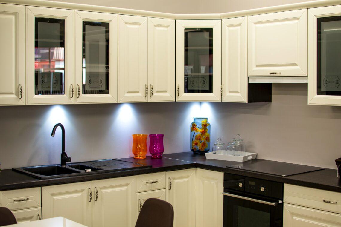 How to varnish kitchen worktop